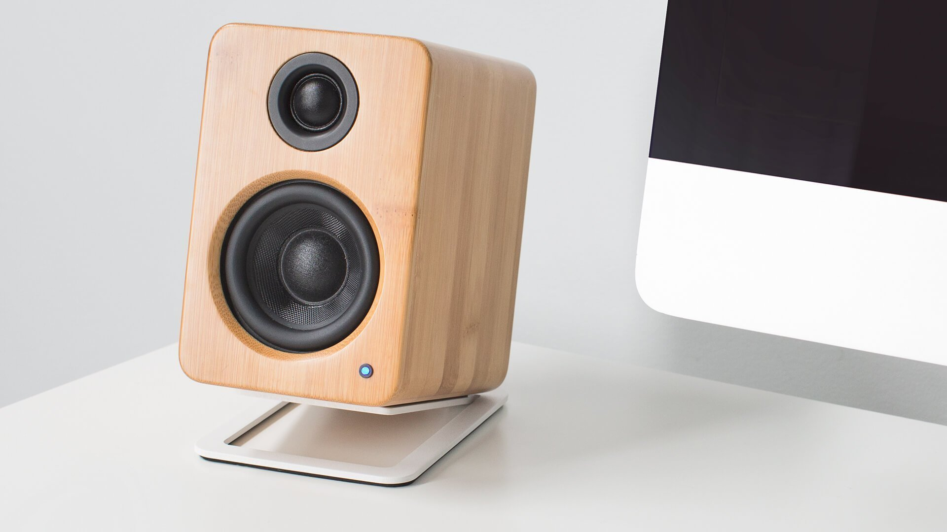 Kanto Audio Yu2 Powered Desktop Speakers Bamboo Active PC Mac USB